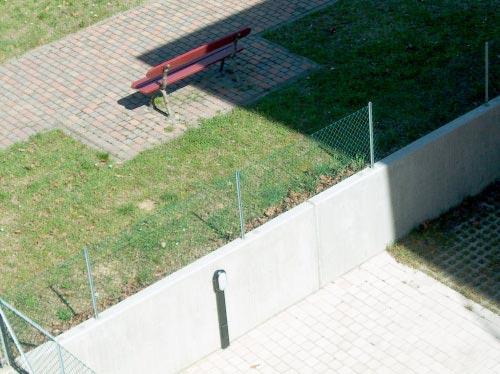 muretto di contenimento su area pubblica