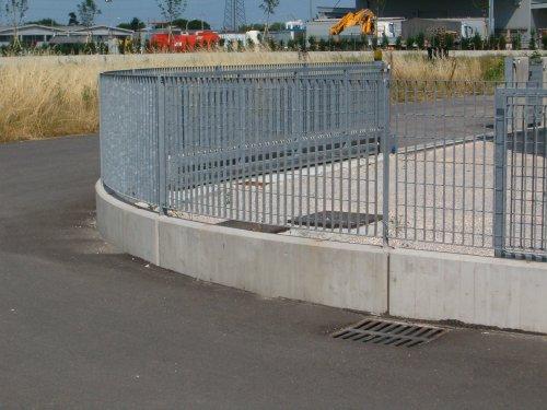 muretto di recinzione curvo