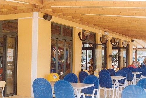 pareti stabilimento balneare bar